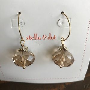 Stella and Dot Amber drop earrings
